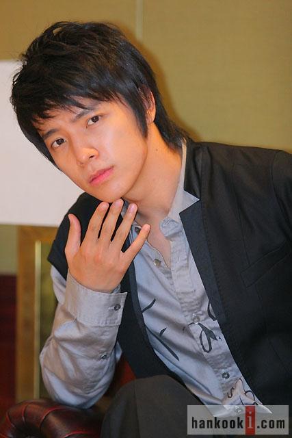 0808 donghae - Sade ve merv den �ekik g�zl� avatarlar[�ekik g�zl� avatarlar fun club�]