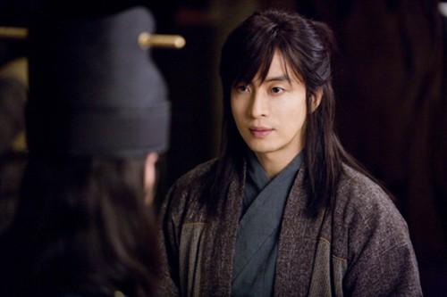 0909 bae yong joon