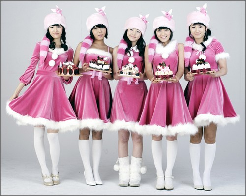 http://popseoul.files.wordpress.com/2007/12/20071204wondergirls-small.jpg
