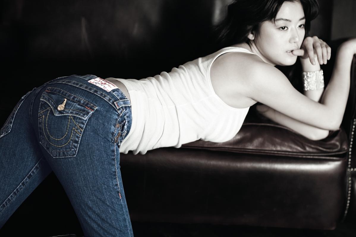Charming Sexy nude pics of gianna jun