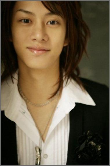 Super Junior phẫu thuật thẩm mỹ (plastic surgery)...hô hô Kim-hee-chul2_20080401_popseoul