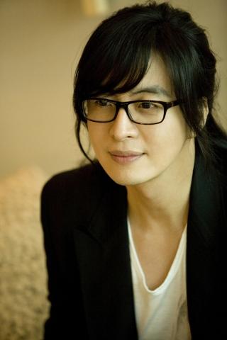 Bae Yong Joon  Baeyongjoon_0809301