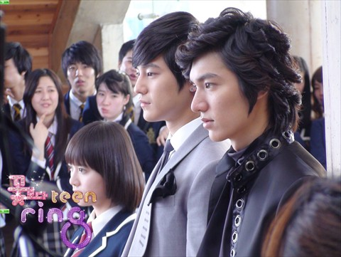 Boysoverflowers_LG_090212