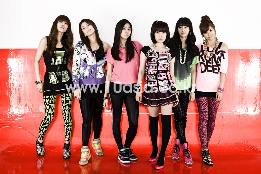 After School animan para el mundial! Afterschool_20090604