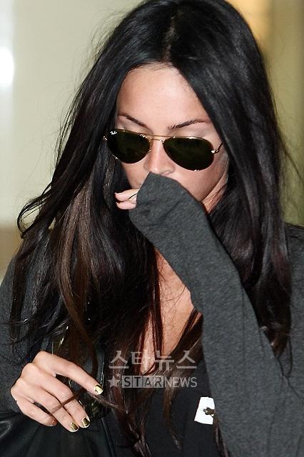 shia labeouf and megan fox wallpaper. Hot hollywood stars, Megan Fox