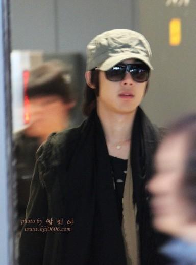 Kimhyunjoong_100415korea