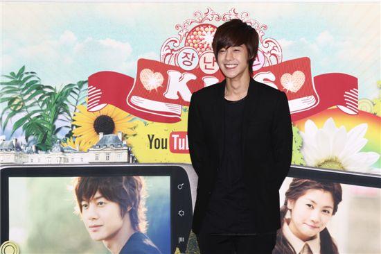 kim-hyun-joong-and-jung-so-min-dating-in-real-life